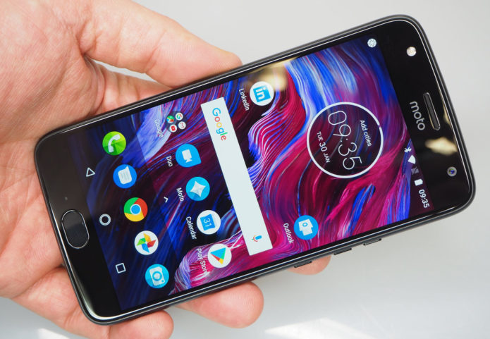 Top 8 Best Budget Camera Phones For Photography Under £300/$417 2018