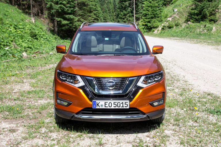 141720-cars-review-nissan-xtrail-image2-lebmdzfpth