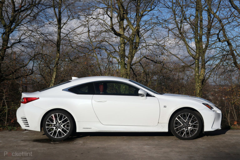 142977-cars-review-lexus-rc300h-review-image4-wz7eekntzv