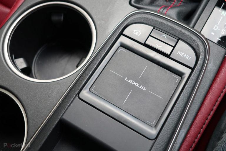 142977-cars-review-lexus-rc300h-review-interior-image17-4wf9qvziqe