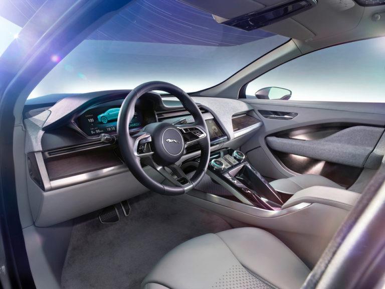 143484-cars-review-hands-on-jaguar-i-pace-concept-interior-press-shots-image1-dysgqhn6xw