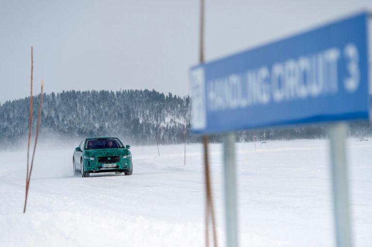 143484-cars-review-hands-on-jaguar-i-pace-review-handling-circuit-3-image1-6neoadisls