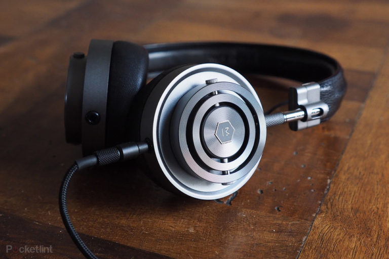 143540-headphones-review-master--dynamic-mh30-review-image1-ptde3knxru