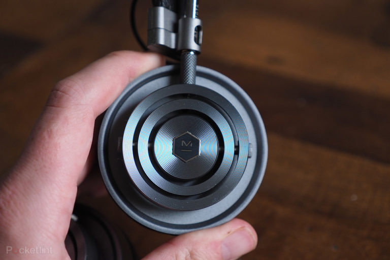 143540-headphones-review-master--dynamic-mh30-review-image13-iql0pjoz7c