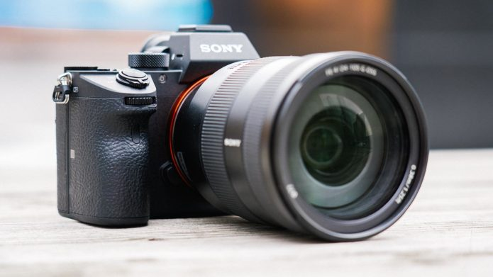 Sony A7R III vs. Sony A7R II, Sony A99 II, Canon 5DS R, Fujifilm GFX, Nikon D850 - Image Quality Comparison