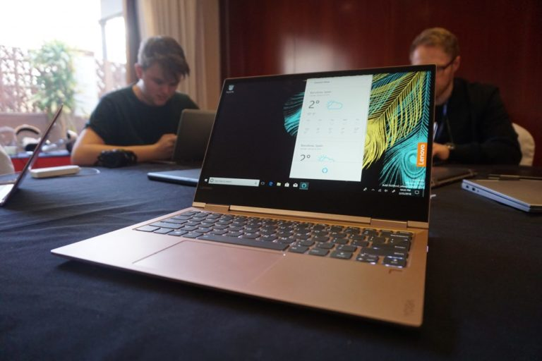 Lenovo Yoga 730 Hands-on Review : First look