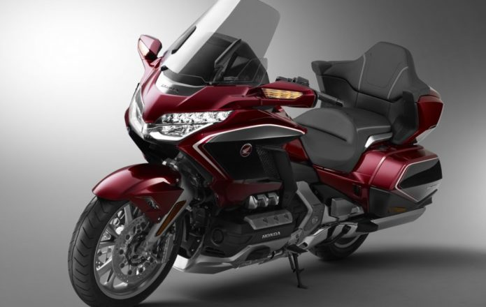 2018 Honda Gold Wing Tour Review : An impressive update to Honda's flagship motorcycle