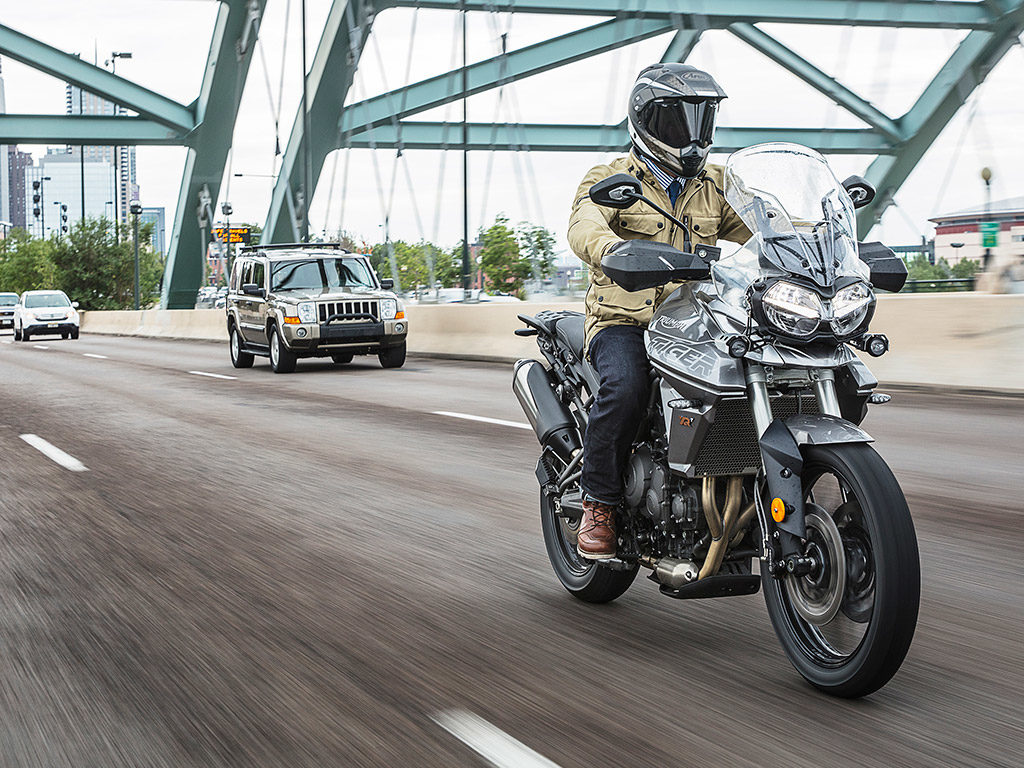 2018 Triumph Tiger 800 Xrt And Xca Review First Ride Gearopen