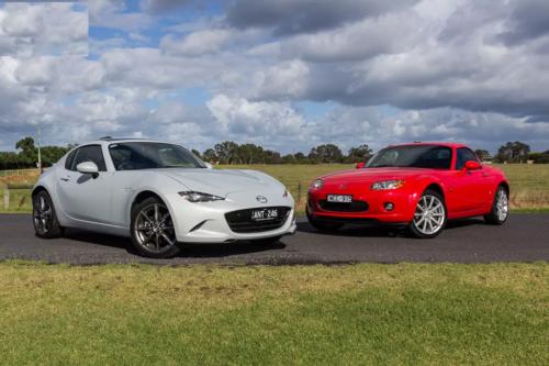 Mazda MX-5 Roadster Coupe & MX-5 Retractable Fastback Comparison