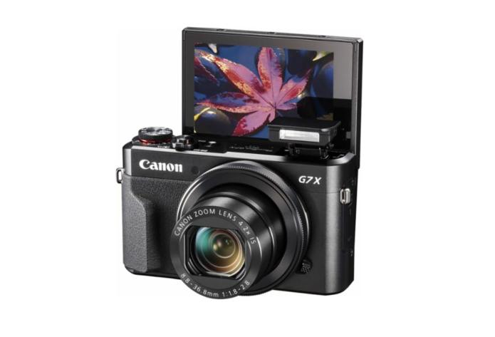 6 Best Flip-Screen Vlogging Cameras