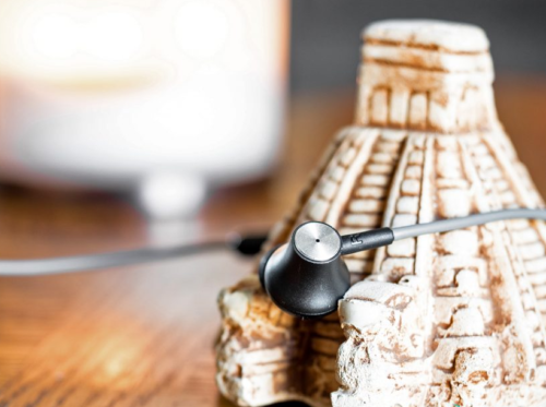 CB3 Active Noise-Cancelling earbuds review