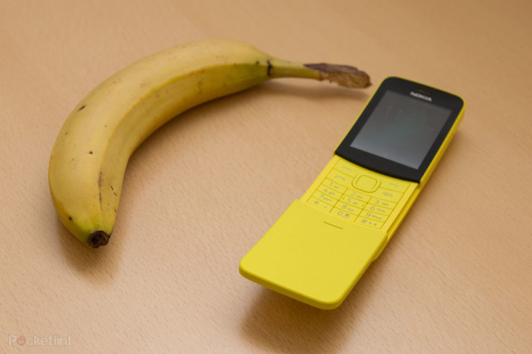 143744-phones-news-nokia-8110-image2-3jbgm5opus