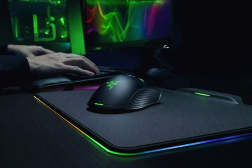 Razer Hyperflux review: A wireless mouse that has no battery inside—believe it!