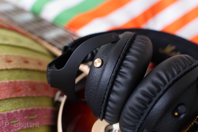 144043-headphones-review-marshall-mid-anc-review-image11-s5pgquxx84