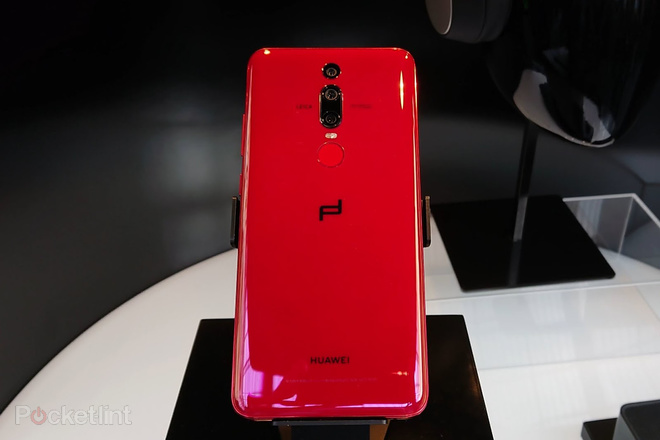 porsche design huawei mate rs hand on review stepping up. Black Bedroom Furniture Sets. Home Design Ideas