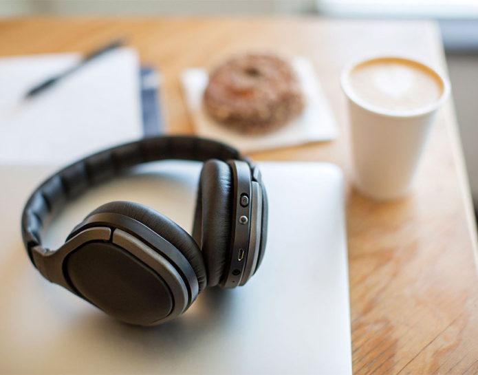 https://www.techwalls.com/braven-signature-wireless-noise-canceling-headphones-review/