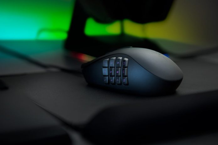 Razer Naga Trinity review: A gaming mouse with changeable side plates for general, MOBA, and MMO use