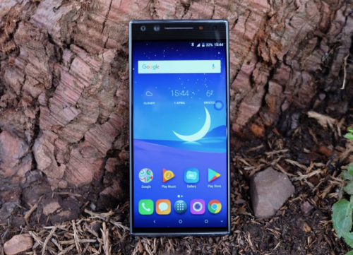 Alcatel 5 Review : Misses the mark