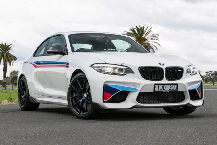 2018 BMW M2 Review : Road Test - Don't mess with success! BMW plays it safe with M2