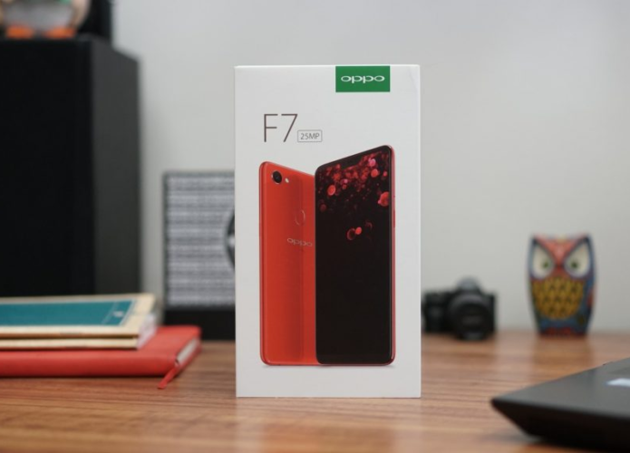 OPPO F7 Unboxing, Hands-on Review : The Ultimate Selfie Expert?