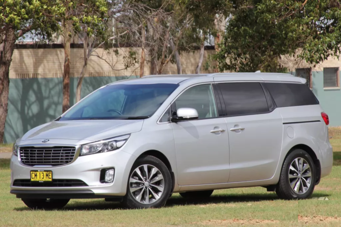 2018 Kia Carnival Review : Quick Spin