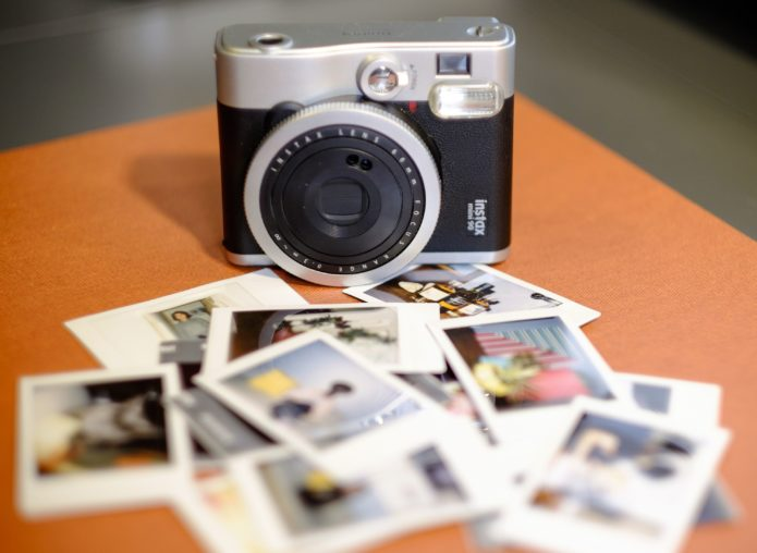 Guide to instant camera and polaroid film