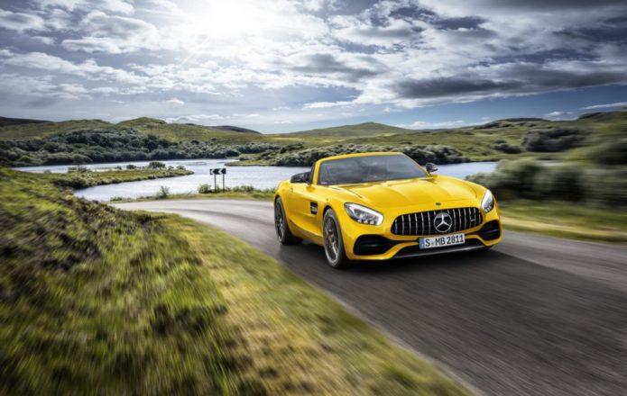 2019 Mercedes-AMG GT S Roadster is a tempting tweener