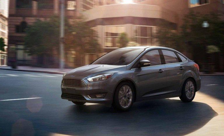 2018-Ford-Focus-sedan
