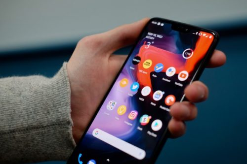 OnePlus 6 vs Samsung Galaxy S9: Which should you buy?