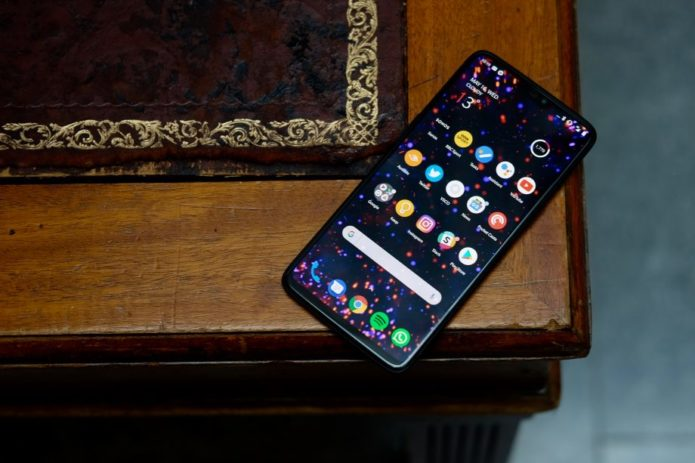 OnePlus 6 vs iPhone X: The battle of the titans