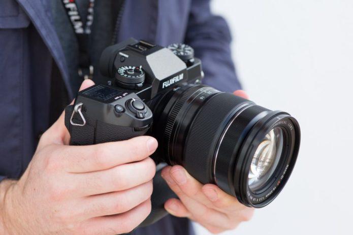 Fuji X-H1 Image Quality Comparison vs Fuji X-T2, Nikon D500, Olympus E-M1 II, Panasonic GH5, and Sony A7 III