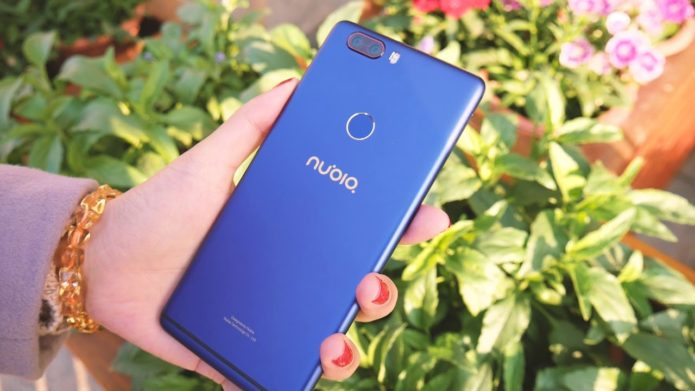 Nubia Z17 Lite Review : Truely Bezelless!