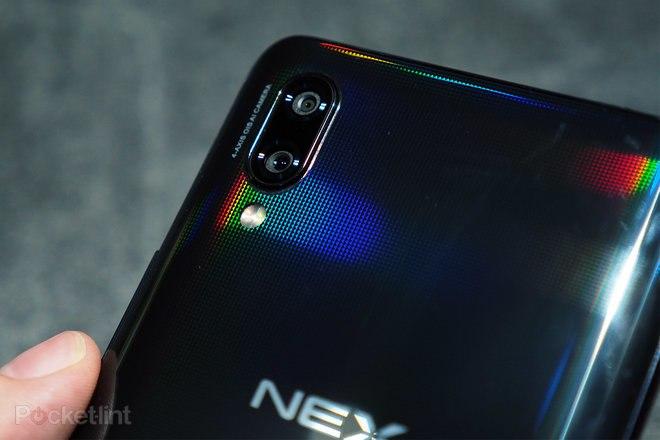 144806-phones-review-hands-on-vivo-nex-review-image3-zjgufxyisl