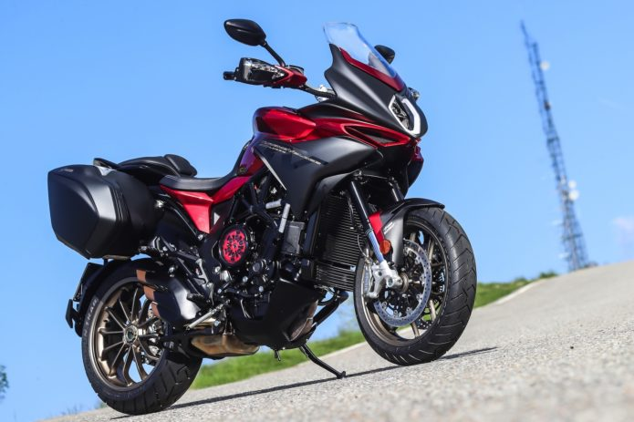 2018 MV Agusta Turismo Veloce 800 Lusso SCS First Ride Review