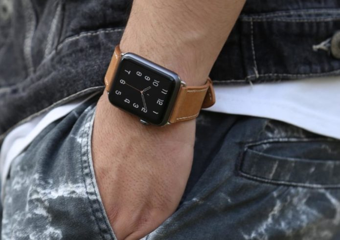 5 REASONS THE ALUMINUM APPLE WATCH IS BETTER