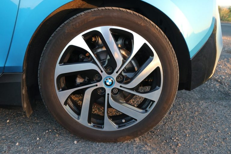 144292-cars-review-bmw-i3-review-–-details-image3-sodhxefpwm