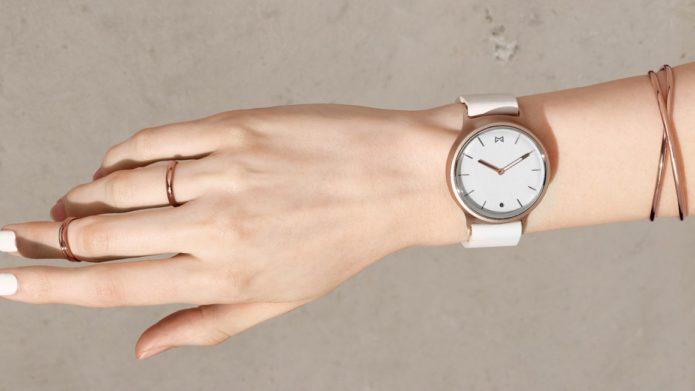 5 Best Smartwatch For Women (2108)