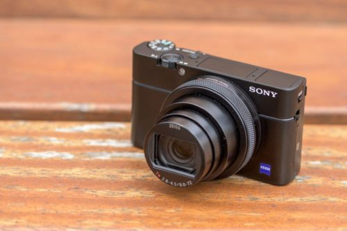 Sony RX100 VI Review : A brilliant, if slightly flawed, gem of a compact travel camera