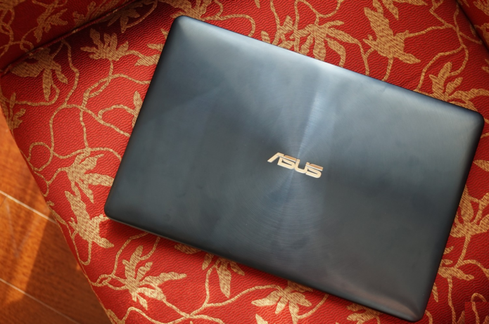 Asus Zenbook Pro 15 UX580 Review: Brimming with Strength and Elegance
