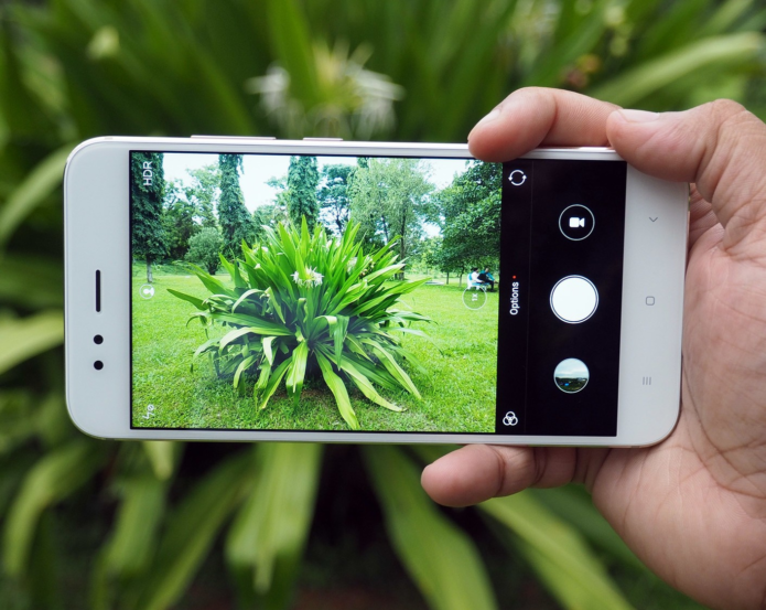 10 Best Cheap Smartphones For Photography 2018: Under £200/$264