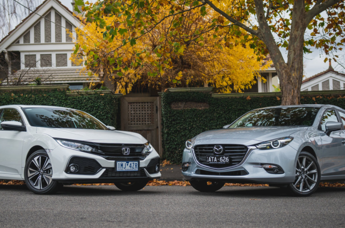 2018 Honda Civic VTi-LX v Mazda 3 SP25 Astina Comparison : High-spec hatch face-off
