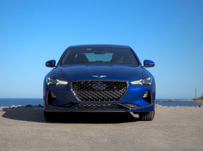 The Genesis G70 is a new brand calling out old-school luxury