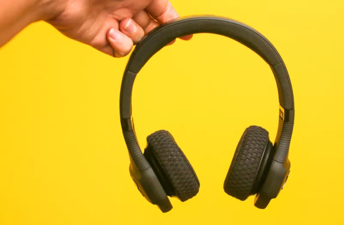 JBL UA Sport Wireless Train review: Nicely designed rugged training headphones