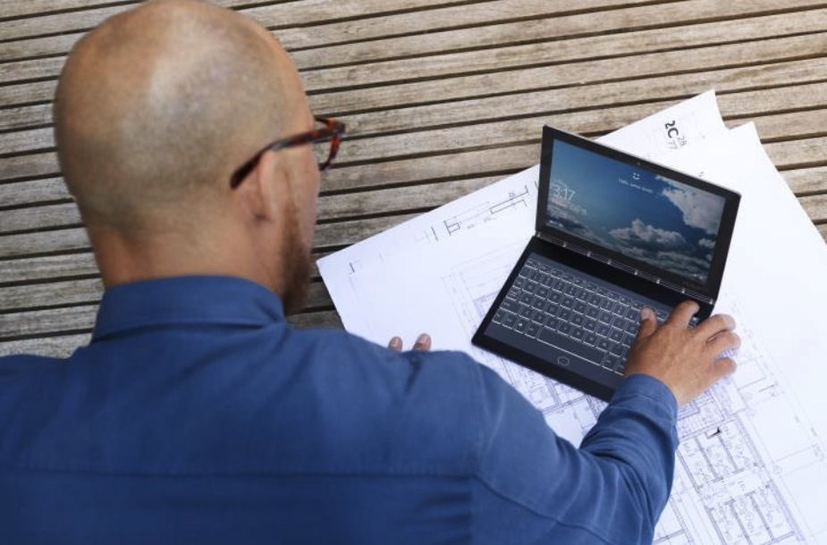 b018e7e940f 4 gadgets the Lenovo Yoga Book C930 could replace