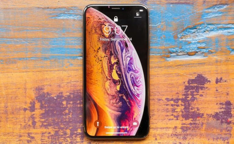 03-iphone-xs-social-825x510