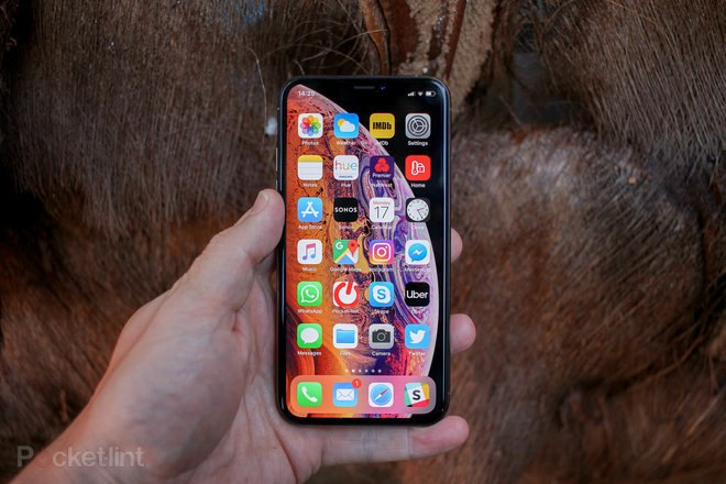 145712-phones-review-review-apple-iphone-xs-review-the-safe-update-image3-tiqlfyi6ca