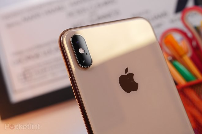 145750-phones-review-iphone-xs-max-hardware-image3-ni1gx6slyz