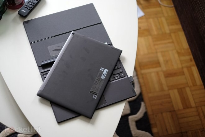 145768-laptops-review-lenovo-miix-630-review-image5-akgvwgje1q