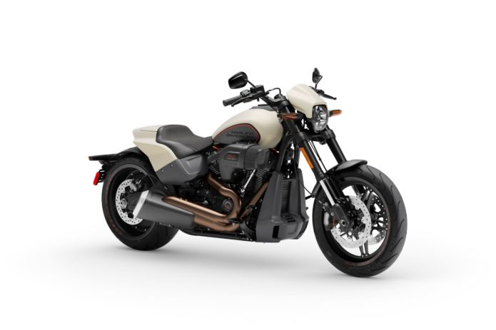 2019 Harley-Davidson FXDR 114 First Look Review (13 Fast Facts)