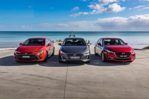 Hyundai i30 Elite v Mazda 3 SP25 GT v Toyota Corolla ZR Hybrid 2018 Comparison